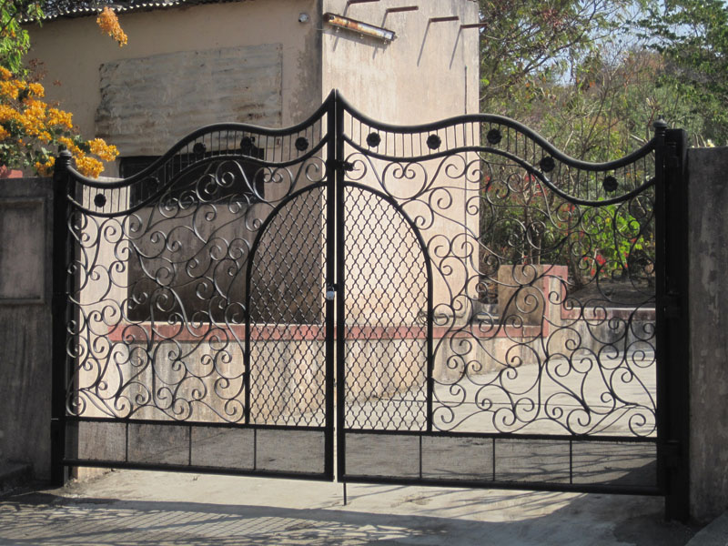 MS Main Gates 8
